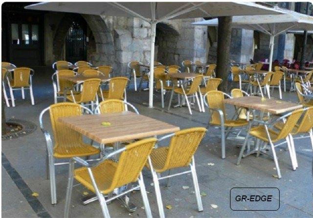 Mesas terraza friso mesa thai teka redonda comensales - Sillas aluminio terraza ...